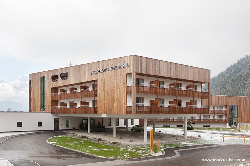 hotel bergresort werfenweng architektur consult hermann. Black Bedroom Furniture Sets. Home Design Ideas